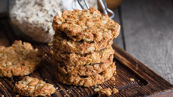 can pugs eat oatmeal cookies